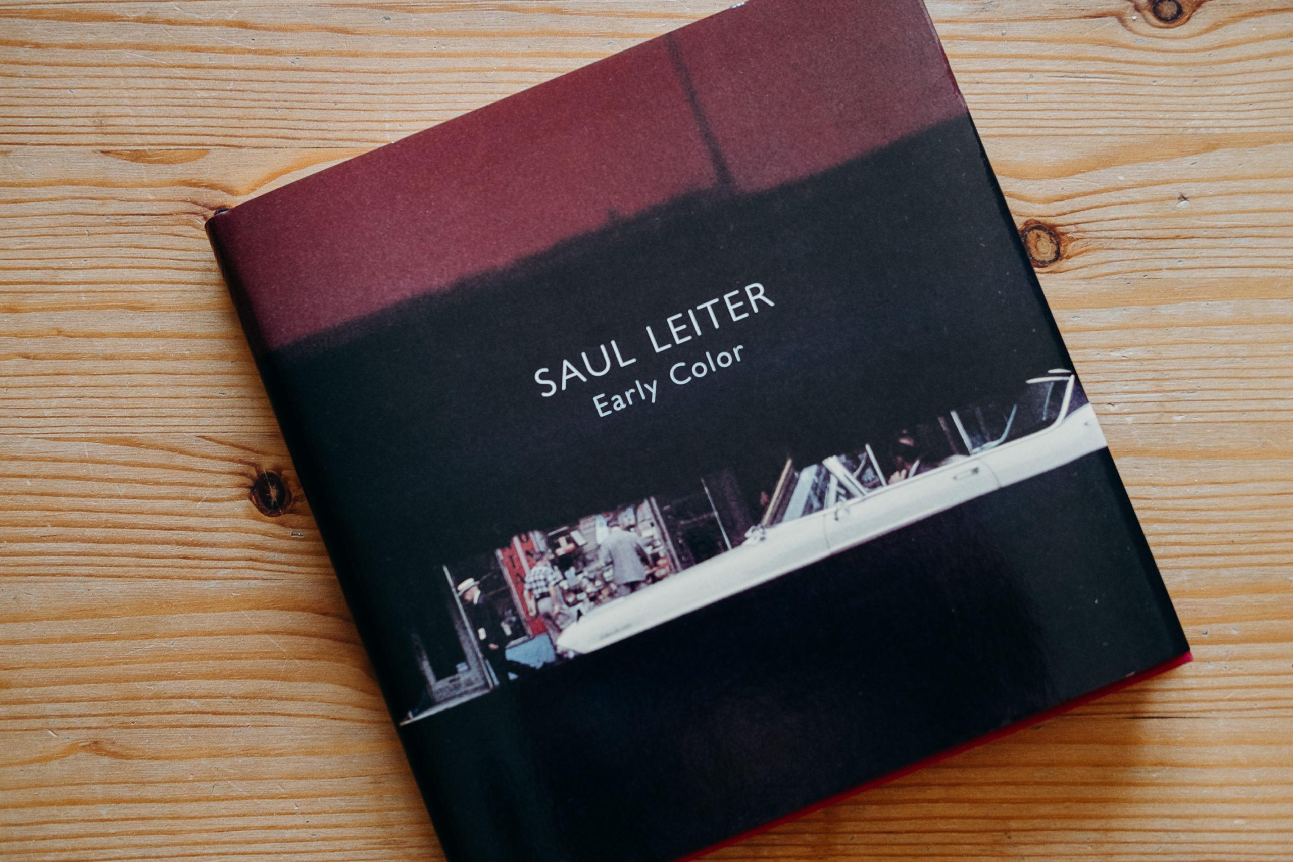 """Rezension zu """"Early Color"""" von Saul Leiter"""