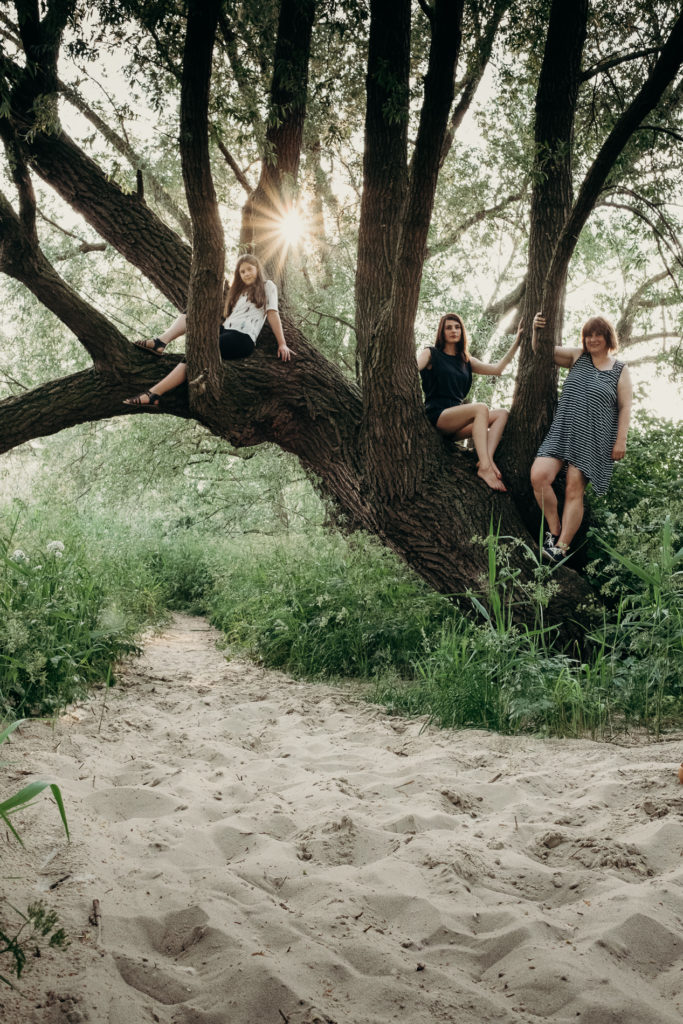 """Q&A zum Projekt """"Frauen auf Bäumen – ein Revival"""""""