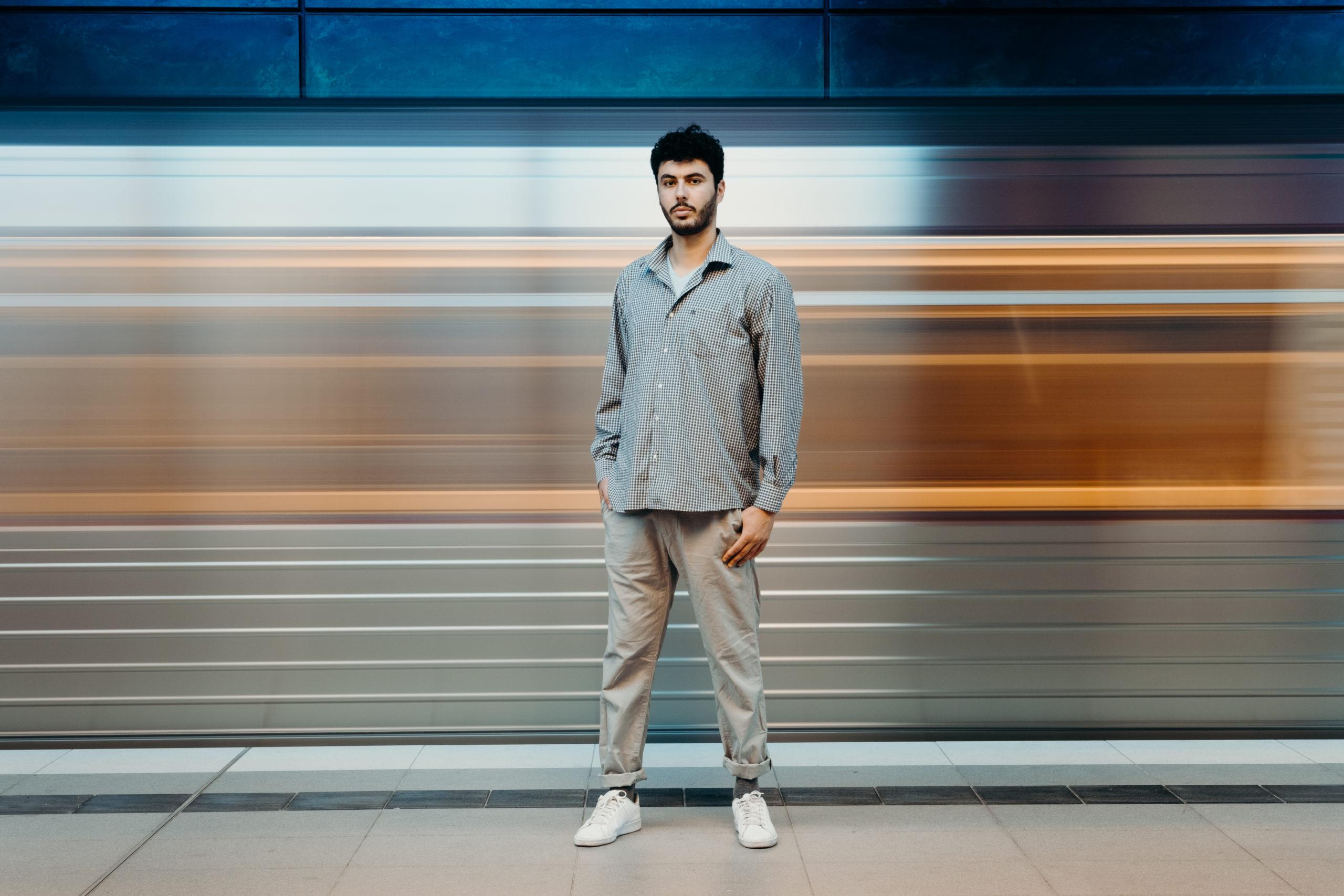 sistart-fotografin-hamburg-fotograf-ammersbek-ubahn-portrait-porträt-schauspieler