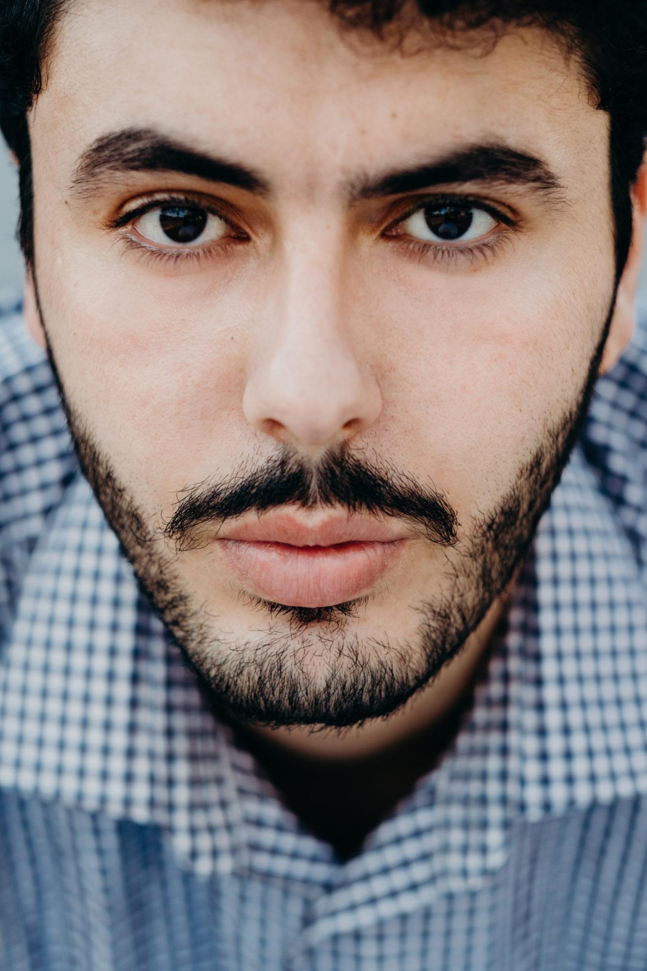 sistart hamburg hafencity headshot schauspieler mann sedcard fotograf fotografin porträt portrait