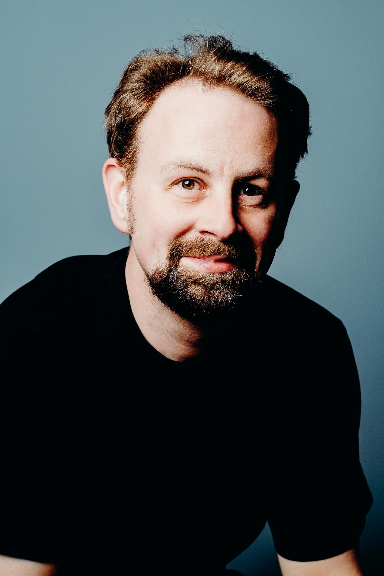 sistart-föhr-mann-portrait-poträt-headshot-fotografin-fotograf