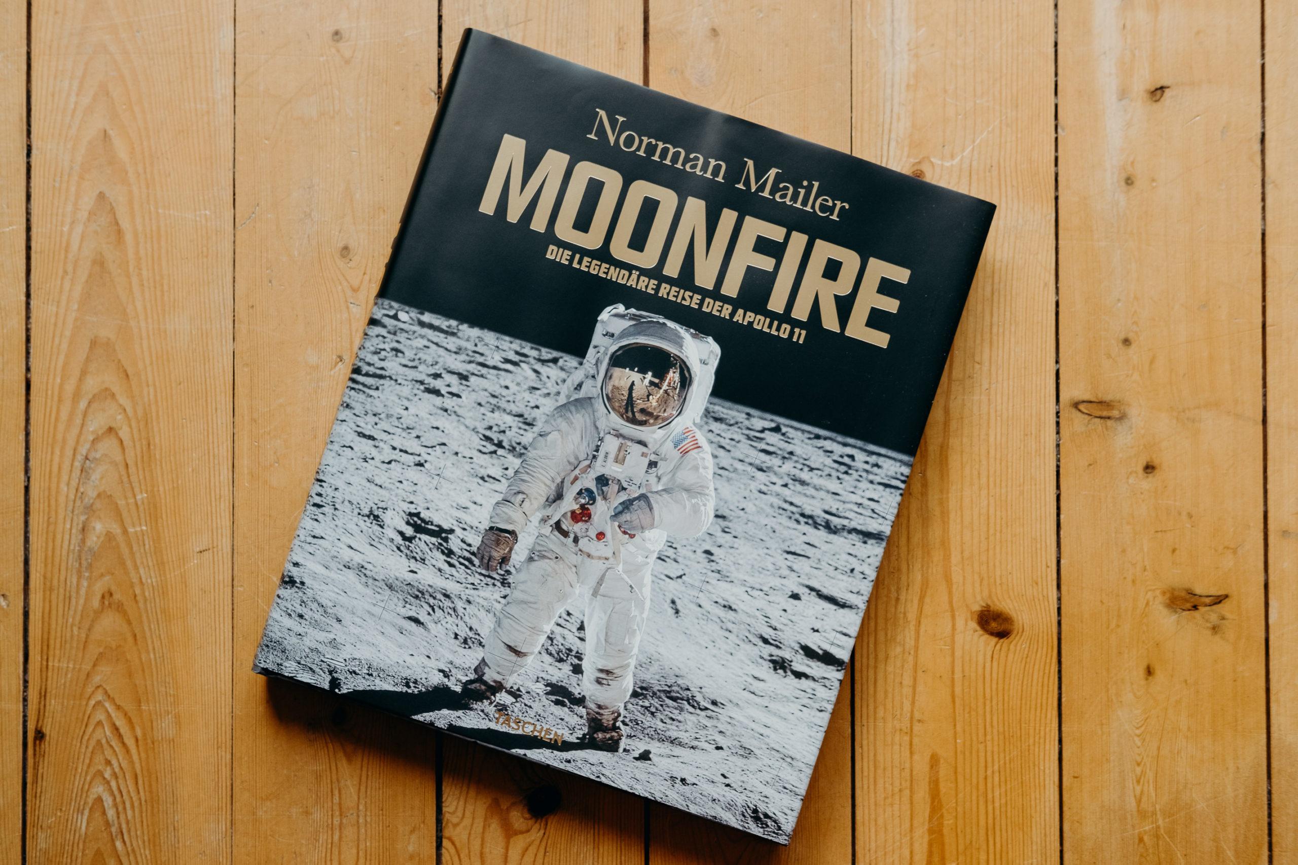 """Rezension: """"Moonfire"""" von Norman Mailer und der NASA"""